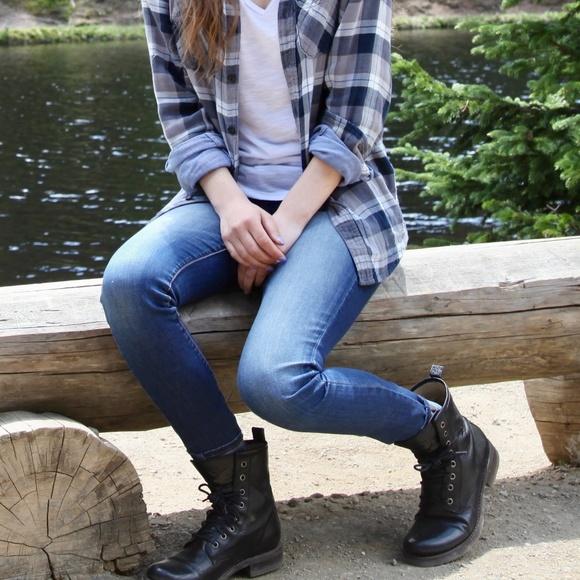 9171d8467 Frye Shoes | Veronica Combat Boots | Poshmark