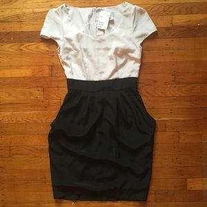 👠NWT H&M Dress with Pockets