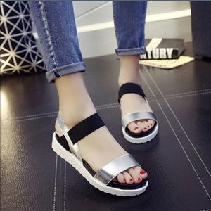 Shoes - 5⭐️Rated‼️Silver/black toe wedge sandals