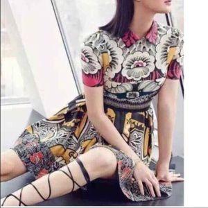Dresses & Skirts - Valentino dress
