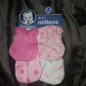 Other - 4 pack mittens