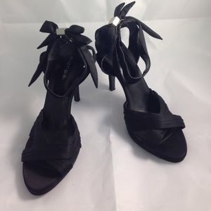 Shoes - Maripe ankle strap formal heels size 10
