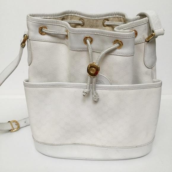bd1f9889b37d Gucci Handbags - Authentic Vintage Gucci cross body bucket bag