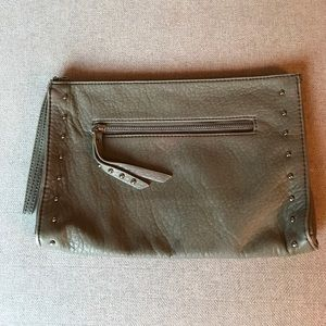 Faux leather gray clutch
