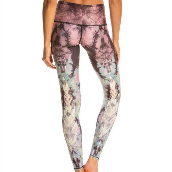 8289d44677e6c teeki Pants | Eagle Feather Pink Hot Pant Yoga Leggings | Poshmark