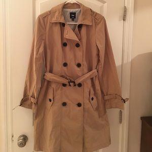 Gap lightweight coat NWOT