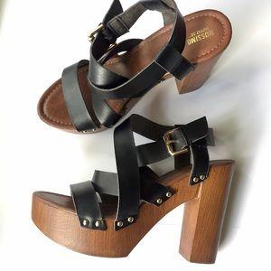 Mossimo platform chunky heels