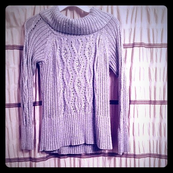 White House Black Market Sweaters - Stunning White House Black Market sweater