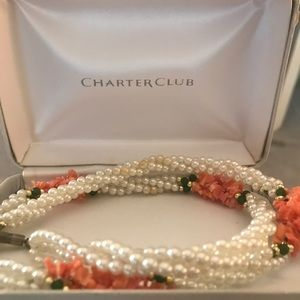 Jewelry - Pearl and coral necklace.
