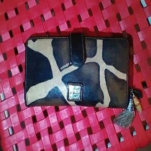 Dooney & Bourke 1975 leather wallet