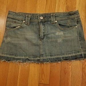 Dresses & Skirts - *1 DAY SALE*Cute jean mini skirt w/ glitter dtails