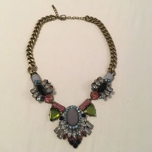 Jewelry - Intricate Rhinestone Statement Necklace