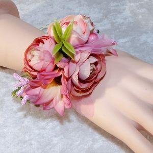Jewelry - Rose Flower Bracelet Corsage