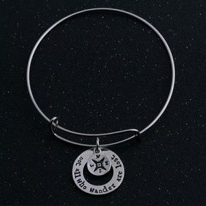 Jewelry - not all who wander are lost charm bracelet