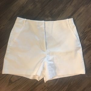 White NWOT Zara shorts.