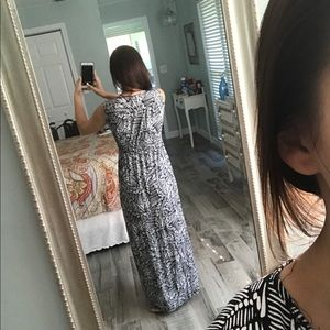 Cable & Gauge Dresses - Black and white print maxi