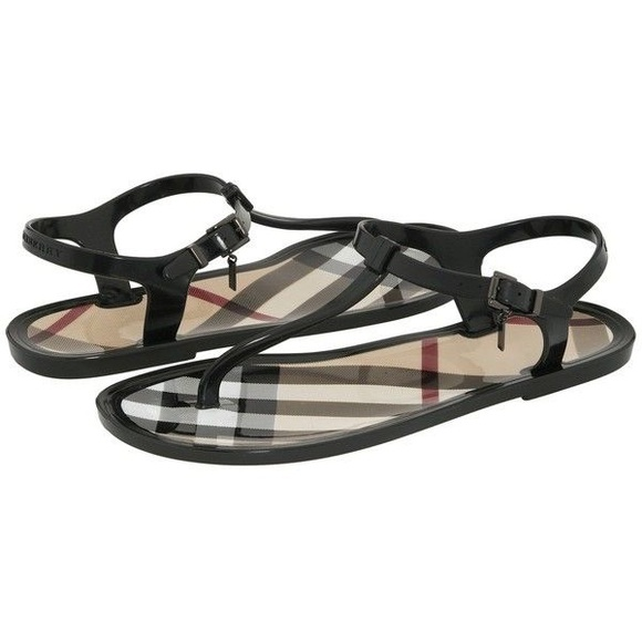 8a5aff10a2b3c5 Burberry Shoes - BURBERRY JELLY THONG SANDALS 39
