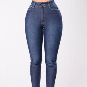 NEW Fashion Nova high waisted dark jeans