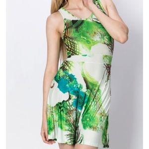 Dresses & Skirts - Green contrast beautiful dress small
