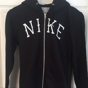 NWT: Nike zip up hoodie