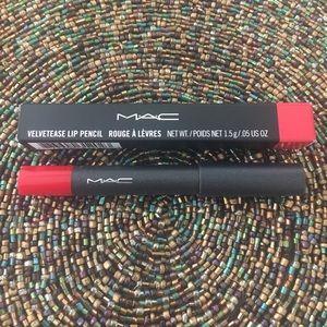 NEW MAC Velvetease Lip Pencil