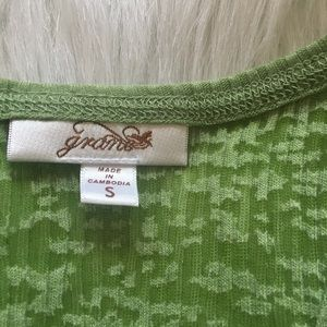 Grane Tops - ⭐️10%OFF⭐️ 🆕 Grane tank top green! Size s