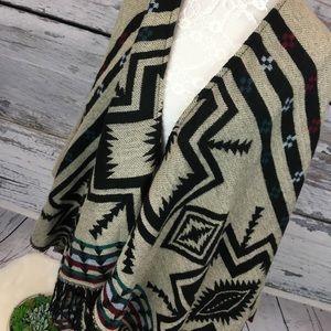 Woven Heart Blanket Aztec Tribal Fringe Poncho S/M