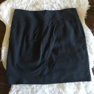 LOFT skirt with ruffle front