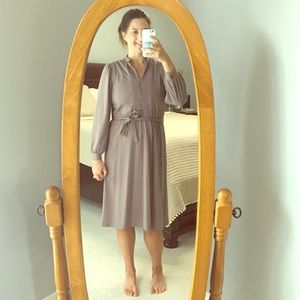 Dresses & Skirts - Vintage Brown Button Up Dress
