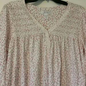 Georgeous nightgown cotton rosebud design