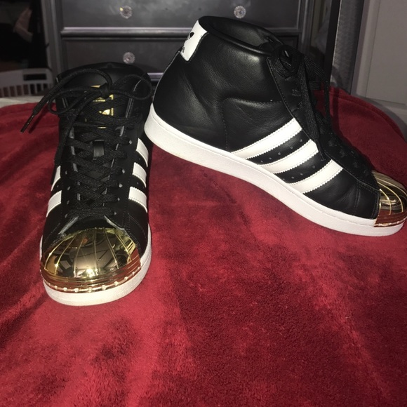 brand new 9c4ac a67b9 adidas Shoes - Gold metal toe high top Adidas Superstar