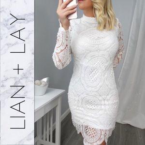 Dresses & Skirts - HOST PICK// JULIANNA Off White Lace Dress
