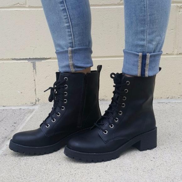 Madden Girl Womens Flintt Combat Boot
