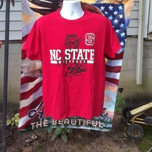 NC State Wolf pack T-shirt men's size large