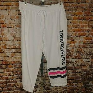 Pants - NWT Capri Sweat Pants Plus 1X 2X 3X
