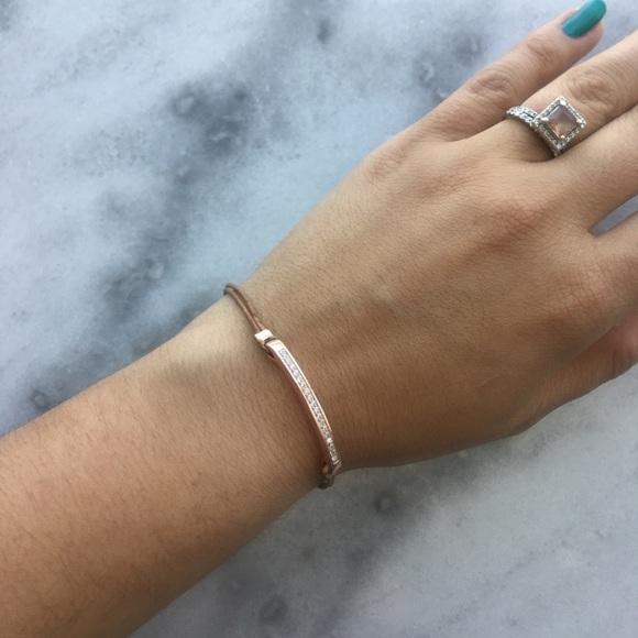 Gorjana Jewelry - Gorjana Aphrodite Crystal Bar + Leather Bracelet