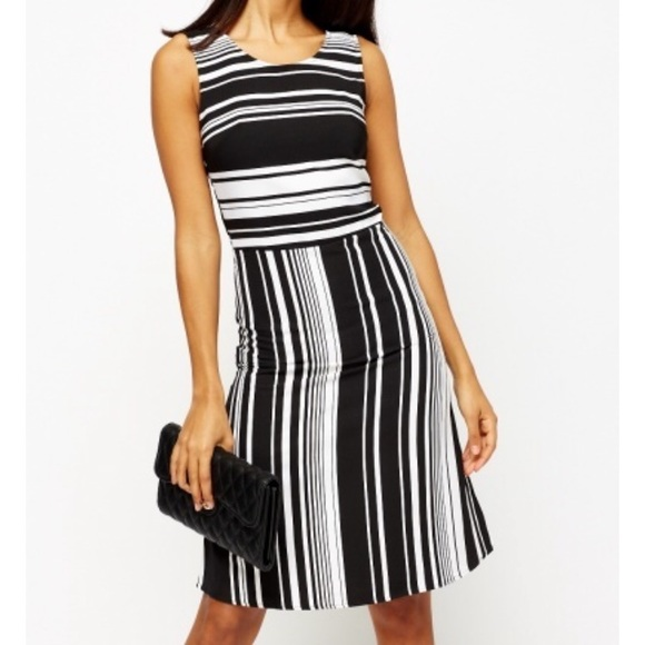 Dresses & Skirts - Stripe dress black and white size xsmall