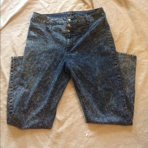 Forever 21+ skinny jeans size 18