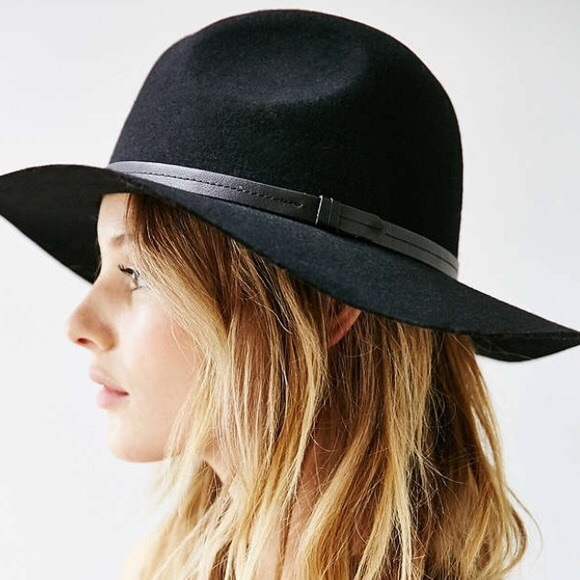 89806d4869130 Ecote  Urban Outfitters Black Scout Wool Hat. M 5972671dbf6df54fab022eda