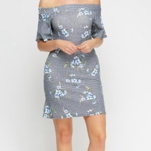 Dresses & Skirts - Floral off shoulder dress size small.