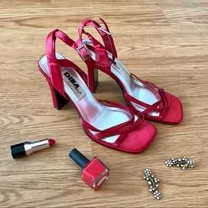 DEEP DISCOUNT!! Hot tamale red heels