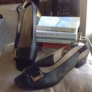 Salvatore Ferragamo Open-toe Sling back sandals