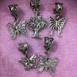 Jewelry - Assorted butterfly dangle charm set