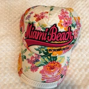 24e70516454 Robin Ruth Accessories - MIAMI BEACH HAT