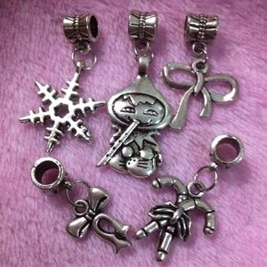Jewelry - Snowflake, ribbon, christmas Snowman charm set