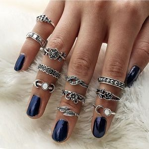 Jewelry - 11pcs Silver Midi Rings