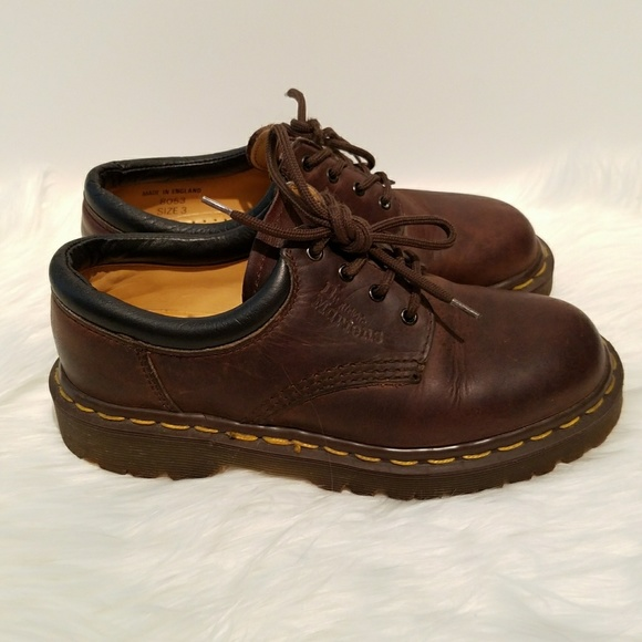 edbad7f9790a0 Dr. Martens 8053 4 Hole Made in England Oxford