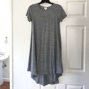 Sassy LuLaRoe Carly dress