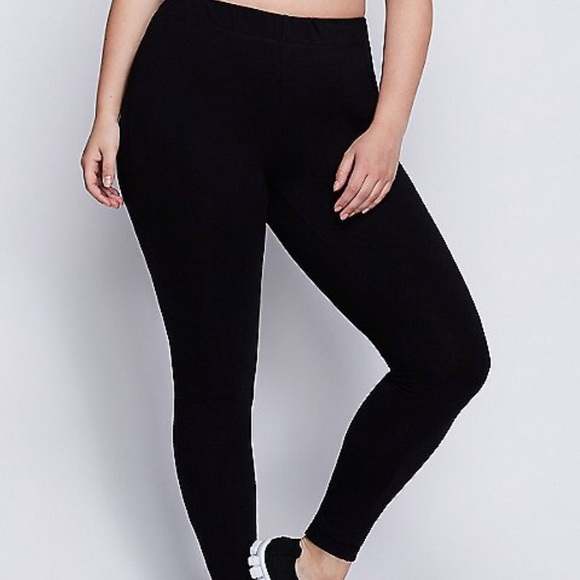 5cebb98e752 Lane Bryant Pants - Lane Bryant Black Livi Active Pants Leggings