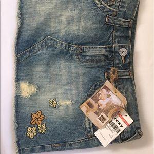 Roxy jean mini skirt, size 3 new